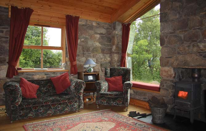 Turf House Sleeps 2 Near Ullapool